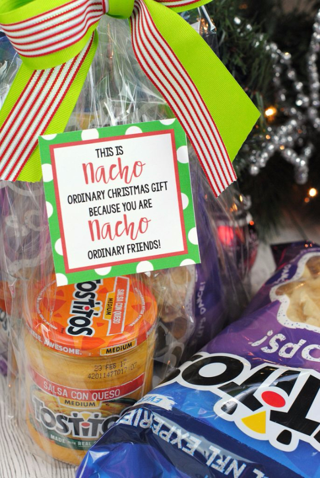 Best DIY Gifts for Neighbors - Nacho Neighbor Gift - Cute Mason Jar Crafts, Gift Baskets and Cheap and Easy Gift Ideas to Make for Friends - Do It Yourself Projects You Can Sew and Craft That Make Awesome DIY Gifts and Homemade Christmas Presents http://diyjoy.com/diy-gifts-friends-neighbors