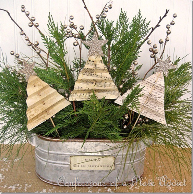 DIY Christmas Centerpieces - Shabby Christmas Centerpiece - Simple, Easy Holiday Decorating Ideas on A Budget - Cheap Home and Table Decor for The Holidays - Dollar Store Crafts, Rustic Candles, Pine Cones, Floral Ideas and Mason Jar Craft Projects http://diyjoy.com/diy-christmas-centerpieces