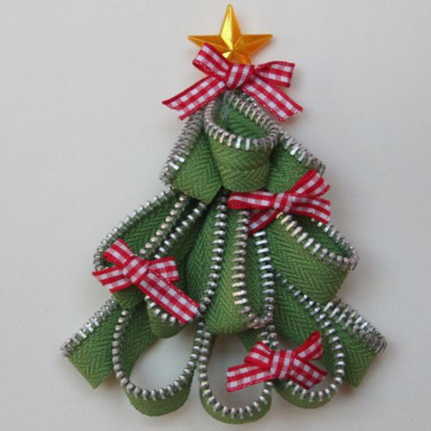 Creative DIY Projects With Zippers - Zipper Trim Tree - Easy Crafts and Fashion Ideas With A Zipper - Jewelry, Home Decor, School Supplies and DIY Gift Ideas - Quick DIYs for Fun Weekend Projects http://diyjoy.com/diy-projects-zippers