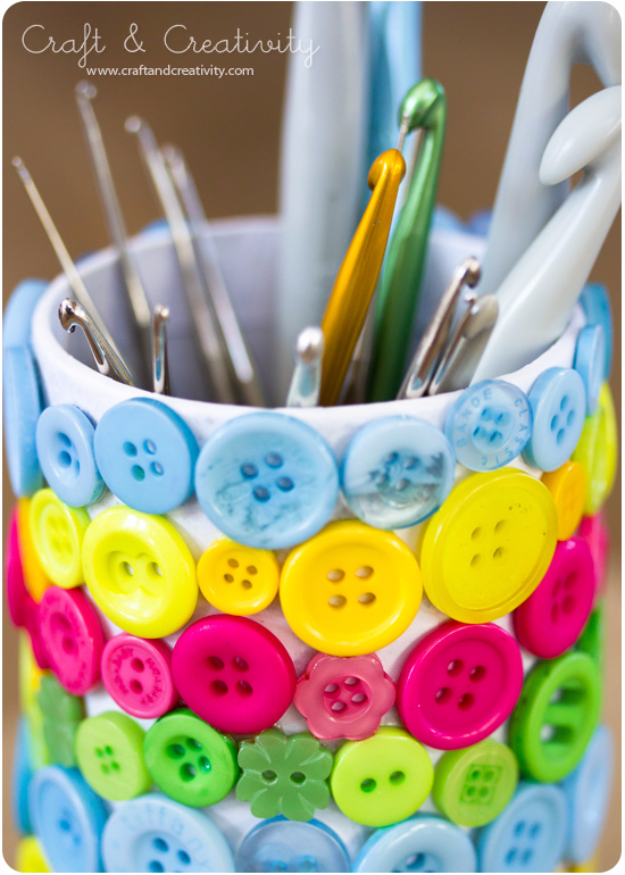 DIY Projects and Crafts Made With Buttons - Button Crafting Tools Holder - Easy and Quick Projects You Can Make With Buttons - Cool and Creative Crafts, Sewing Ideas and Homemade Gifts for Women, Teens, Kids and Friends - Home Decor, Fashion and Cheap, Inexpensive Fun Things to Make on A Budget http://diyjoy.com/diy-projects-buttons