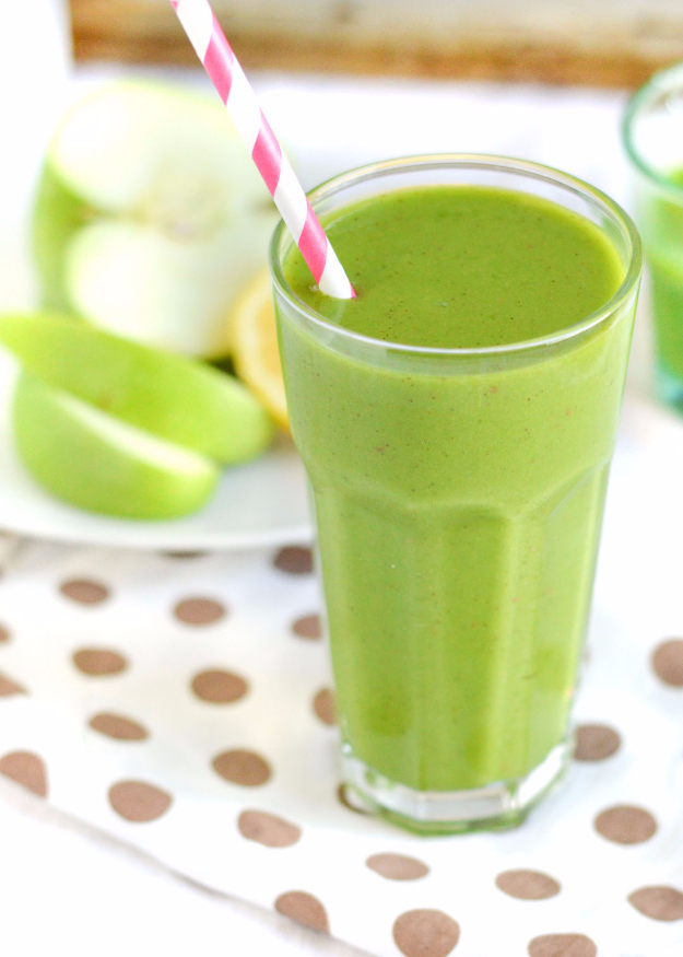 Healthy Smoothie Recipes - Green Apple Smoothie - Easy ideas perfect for breakfast, energy. Low calorie and high protein recipes for weightloss and to lose weight. Simple homemade recipe ideas that kids love. Quick EASY morning recipes before work and school, after workout http://diyjoy.com/healthy-smoothie-recipes
