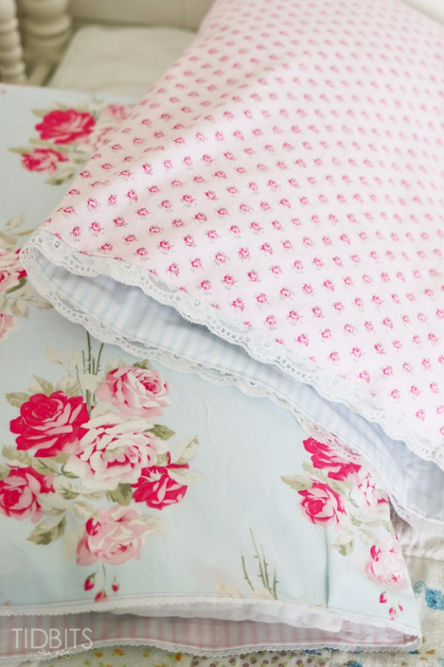 DIY Pillowcases - Reversible Pillowcase - Easy Sewing Projects for Pillows - Bedroom and Home Decor Ideas - Sewing Patterns and Tutorials - No Sew Ideas - DIY Projects and Crafts for Women http://diyjoy.com/sewing-projects-diy-pillowcases