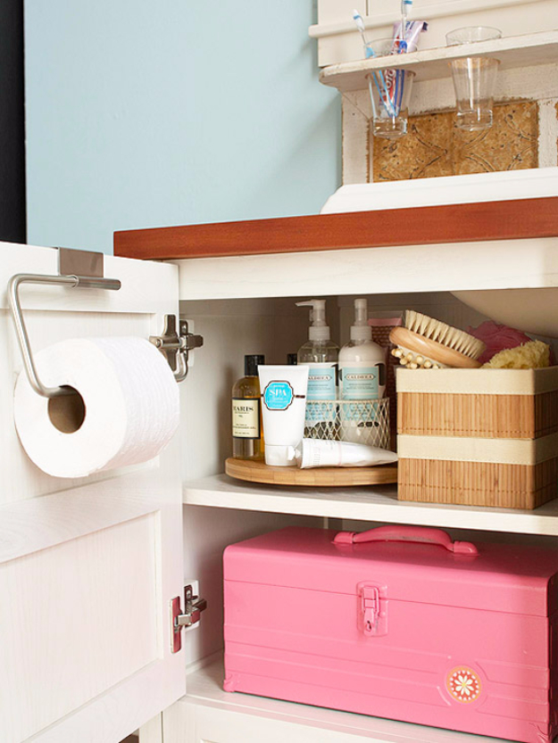 Best Organizing Ideas for the New Year - Super Bathroom Storage - Resolutions for Getting Organized - DIY Organizing Projects for Home, Bedroom, Closet, Bath and Kitchen - Easy Ways to Organize Shoes, Clutter, Desk and Closets - DIY Projects and Crafts for Women and Men http://diyjoy.com/best-organizing-ideas