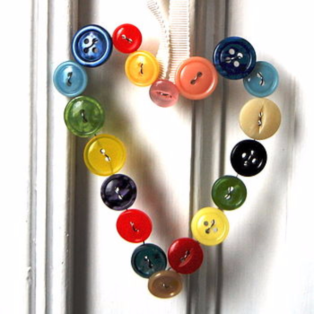 DIY Projects and Crafts Made With Buttons - Vintage Button Heart - Easy and Quick Projects You Can Make With Buttons - Cool and Creative Crafts, Sewing Ideas and Homemade Gifts for Women, Teens, Kids and Friends - Home Decor, Fashion and Cheap, Inexpensive Fun Things to Make on A Budget http://diyjoy.com/diy-projects-buttons