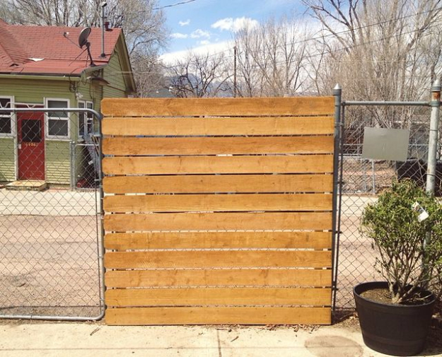 DIY Fences and Gates - Cedar Panel DIY - How To Make Easy Fence and Gate Project for Backyard and Home - Step by Step Tutorial and Ideas for Painting, Updating and Making Fences and DIY Gate - Cool Outdoors and Yard Projects http://diyjoy.com/diy-fences- gates