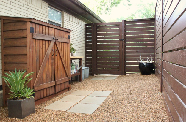 DIY Fences and Gates - Modern Fence DIY - How To Make Easy Fence and Gate Project for Backyard and Home - Step by Step Tutorial and Ideas for Painting, Updating and Making Fences and DIY Gate - Cool Outdoors and Yard Projects http://diyjoy.com/diy-fences-gates
