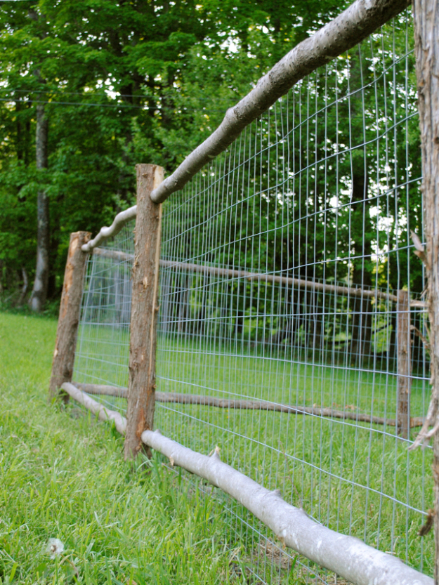 DIY Fences and Gates - Rustic Garden Fence - How To Make Easy Fence and Gate Project for Backyard and Home - Step by Step Tutorial and Ideas for Painting, Updating and Making Fences and DIY Gate - Cool Outdoors and Yard Projects http://diyjoy.com/diy-fences-gates