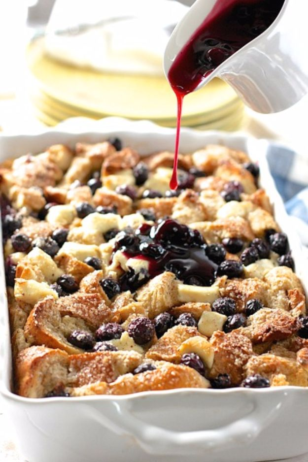 Best Easter Dinner Recipes - Blueberry & Cream Cheese French Toast Casserole - Easy Recipe Ideas for Easter Dinners and Holiday Meals for Families - Side Dishes, Slow Cooker Recipe Tutorials, Main Courses, Traditional Meat, Vegetable and Dessert Ideas - Desserts, Pies, Cakes, Ham and Beef, Lamb - DIY Projects and Crafts by DIY JOY http://diyjoy.com/easter-dinner-recipes