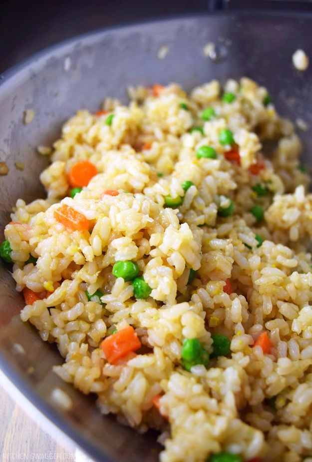 Best Rice Recipes - Hibachi-Style Fried Rice - Easy Ideas for Quick Meals Made From a Bag of Rice - Healthy Recipes With Brown, White and Arborio Rice - Cheesy, Fried, Asian, Mexican Flavored Dinner Dishes and Side Dishes - DIY Projects and Crafts by DIY JOY http://diyjoy.com/best-rice-recipes