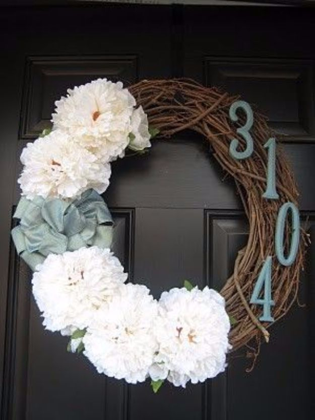 DIY House Numbers - House Number Door Wreath - DIY Numbers To Put In Front Yard and At Front Door - Architectural Numbers and Creative Do It Yourself Projects for Making House Numbers - Easy Step by Step Tutorials and Project Ideas for Home Improvement on A Budget http://diyjoy.com/diy-house-numbers