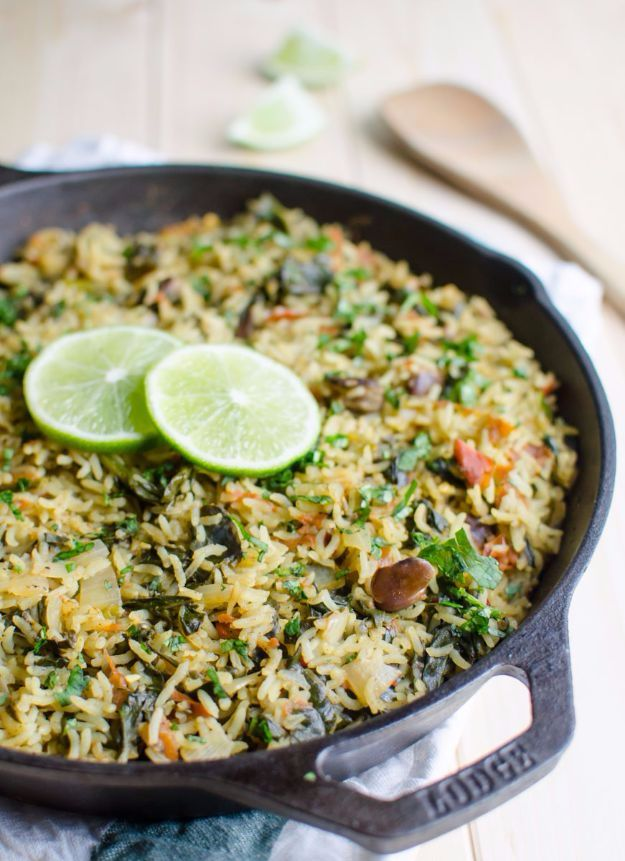 Best Rice Recipes - One Pot Spinach Rice - Easy Ideas for Quick Meals Made From a Bag of Rice - Healthy Recipes With Brown, White and Arborio Rice - Cheesy, Fried, Asian, Mexican Flavored Dinner Dishes and Side Dishes - DIY Projects and Crafts by DIY JOY http://diyjoy.com/best-rice-recipes