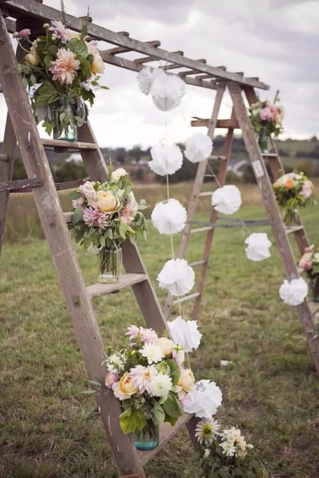 DIY Outdoors Wedding Ideas - Rustic Swing Decor - Step by Step Tutorials and Projects Ideas for Summer Brides - Lighting, Mason Jar Centerpieces, Table Decor, Party Favors, Guestbook Ideas, Signs, Flowers, Banners, Tablecloth and Runners, Napkins, Seating and Lights - Cheap and Ideas DIY Decor for Weddings http://diyjoy.com/diy-outdoor-wedding