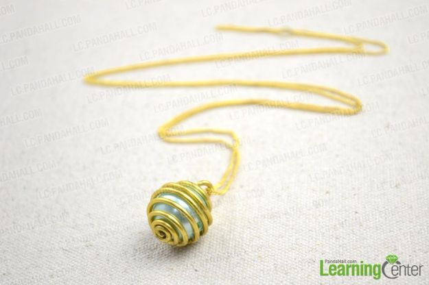 DIY Necklace Ideas - Single Pearl Necklace - Easy Handmade Necklaces with Step by Step Tutorials - Pendant, Beads, Statement, Choker, Layered Boho, Chain and Simple Looks - Creative Jewlery Making Ideas for Women and Teens, Girls - Crafts and Cool Fashion Ideas for Women, Teens and Teenagers http://diyjoy.com/diy-necklaces
