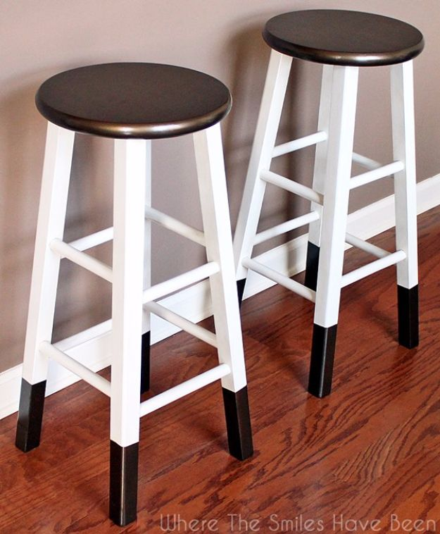 DIY Barstools - DIY Bronze Dipped Bar Stool - Easy and Cheap Ideas for Seating and Creative Home Decor - Do It Yourself Bar Stools for Modern, Rustic, Farmhouse, Shabby Chic, Industrial and Simple Classic Decor - Do It Yourself Dining Room Seating Complete With Step by Step Tutorials http://diyjoy.com/diy-barstools