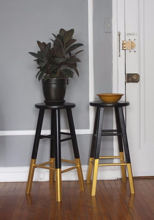 DIY Barstools - Dipped Bar Stools, Black & Gold - Easy and Cheap Ideas for Seating and Creative Home Decor - Do It Yourself Bar Stools for Modern, Rustic, Farmhouse, Shabby Chic, Industrial and Simple Classic Decor - Do It Yourself Dining Room Seating Complete With Step by Step Tutorials http://diyjoy.com/diy-barstools
