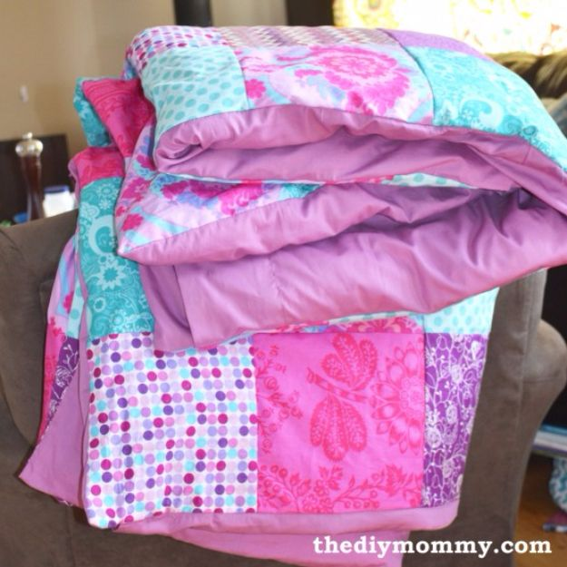 DIY Duvet Covers - Sew a Patchwork Duvet Cover - Easy Sewing Projects and No Sew Ideas for Duvets - Cheap Bedroom Decor Ideas on A Budget - How To Sew A Duvet Cover and Bedding Tutorial - Creative Covers for Bed - Quick Projects for Making Designer Duvets - Awesome Home Decor Ideas and Crafts http://diyjoy.com/diy-duvet-covers