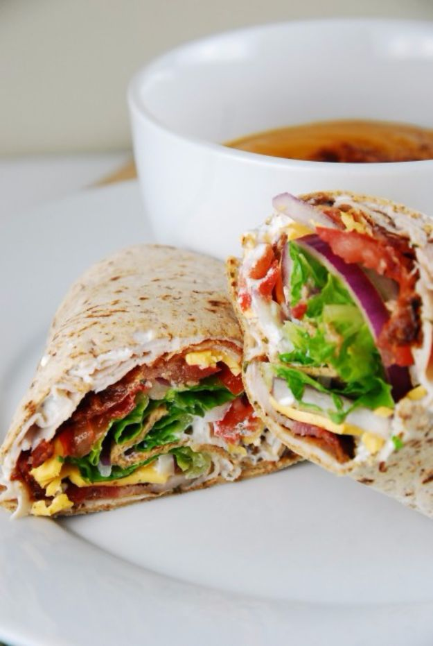 Easy Dinner Ideas for One - Bacon Ranch Turkey Wrap - Quick, Fast and Simple Recipes to Make for a Single Person - Freeze and Make Ahead Dinner Recipe Tips for Best Weeknight Dinners for Singles - Chicken, Fish, Vegetable, No Bake and Vegetarian Options - Crockpot, Microwave, Healthy, Lowfat Options http://diyjoy.com/easy-dinners-for-one