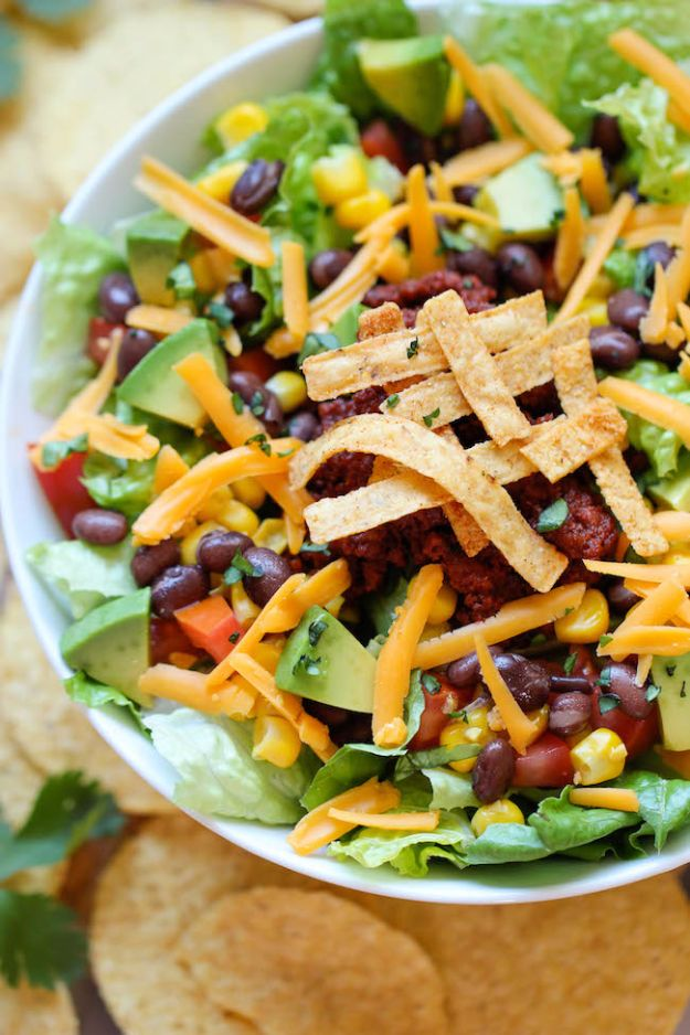 Back to School Lunch Ideas - Easy Taco Salad - Quick Snacks, Lunches and Homemade Lunchables - Bento Box Style Lunch for People in A Hurry - Fast Lunch Recipes to Pack Ahead - Healthy Ideas for Kids, Teens and Adults http://diyjoy.com/back-to-school-lunches