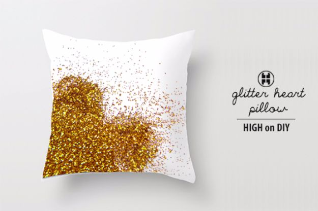 DIY Valentines Day Gifts for Her - Glitter Heart Pillow - Cool and Easy Things To Make for Your Wife, Girlfriend, Fiance - Creative and Cheap Do It Yourself Projects to Give Your Girl - Ladies Love These Ideas for Bath, Yard, Home and Kitchen, Outdoors - Make, Don't Buy Your Valentine http://diyjoy.com/diy-valentines-gifts-her