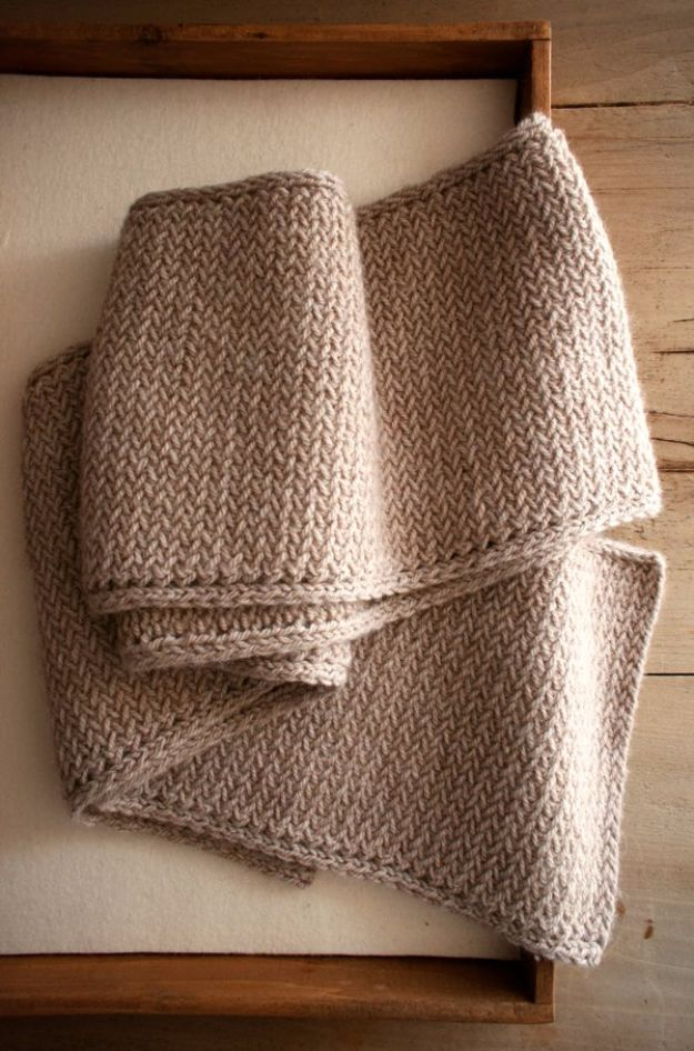 DIY Valentines Day Gifts for Him - Men's Mini Herringbone Scarf - Cool and Easy Things To Make for Your Husband, Boyfriend, Fiance - Creative and Cheap Do It Yourself Projects to Give Your Man - Ideas Guys Love These Ideas for Car, Yard, Home and Garage - Make, Don't Buy Your Valentine http://diyjoy.com/diy-valentines-gifts-him