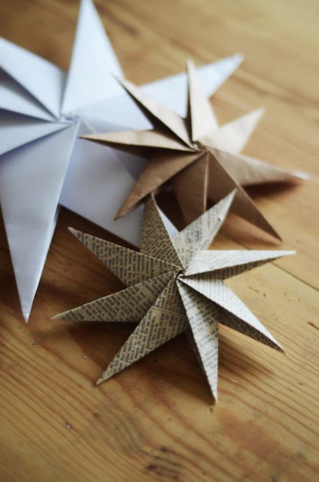 New Years Eve Decor Ideas - Star Origami - DIY New Year's Eve Decorations - Cheap Ideas for Banners, Balloons, Party Tables, Centerpieces and Festive Streamers and Lights - Cool Placecards, Photo Backdrops, Party Hats, Party Horns and Champagne Glasses - Cute Invitations, Games and Free Printables http://diyjoy.com/new-years-eve-decor-ideas