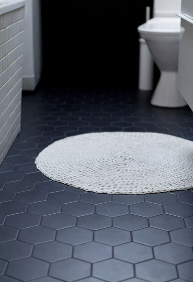 DIY Flooring Projects - Black Bathroom Floor Tiles - Cheap Floor Ideas for Those On A Budget - Inexpensive Ways To Refinish Floors With Concrete, Laminate, Plywood, Peel and Stick Tile, Wood, Vinyl - Easy Project Plans and Unique Creative Tutorials for Cool Do It Yourself Home Decor http://diyjoy.com/diy-flooring-projects