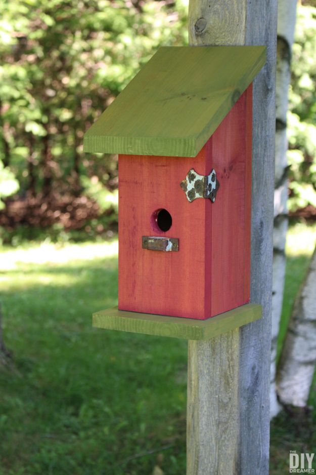 DIY Bird Houses - DIY Nail-Less Screw-Less And Glue-Less Birdhouse - Easy Bird House Ideas for Kids and Adult To Make - Free Plans and Tutorials for Wooden, Simple, Upcyle Designs, Recycle Plastic and Creative Ways To Make Rustic Outdoor Decor and a Home for the Birds - Fun Projects for Your Backyard This Summer http://diyjoy.com/diy-bird-houses