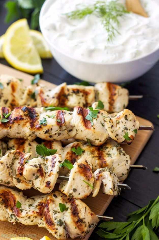 Best Barbecue Recipes - Greek Lemon Chicken Skewers With Tzatziki Sauce - Easy BBQ Recipe Ideas for Lunch, Dinner and Quick Party Appetizers - Grilled and Smoked Foods, Chicken, Beef and Meat, Fish and Vegetable Ideas for Grilling - Sauces and Rubs, Seasonings and Favorite Bar BBQ Tips http://diyjoy.com/best-bbq-recipes