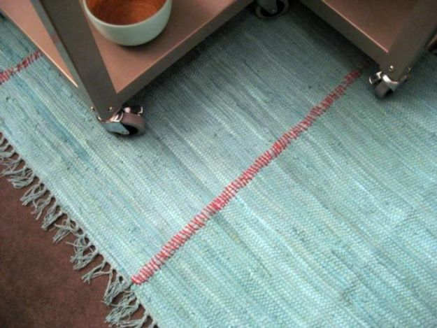 DIY Rugs - Sew Rugs Together - Ideas for An Easy Handmade Rug for Living Room, Bedroom, Kitchen Mat and Cheap Area Rugs You Can Make - Stencil Art Tutorial, Painting Tips, Fabric, Yarn, Old Denim Jeans, Rope, Tshirt, Pom Pom, Fur, Crochet, Woven and Outdoor Projects - Large and Small Carpet http://diyjoy.com/diy-rug-tutorials