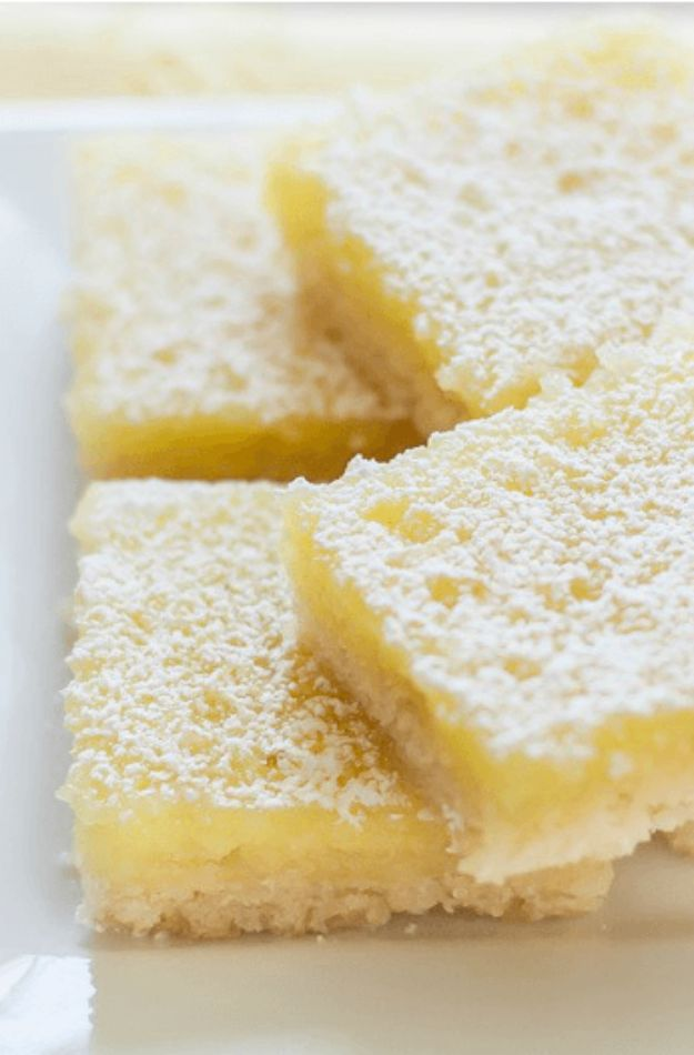 Gluten Free Desserts - Gluten Free Lemon Bars - Easy Recipes and Healthy Recipe Ideas for Cookies, Cake, Pie, Cupcakes, Cheesecake and Ice Cream - Best No Sugar Glutenfree Chocolate, No Bake Dessert, Fruit, Peach, Apple and Banana Dishes - Flourless Christmas, Thanksgiving and Holiday Dishes http://diyjoy.com/gluten-free-desserts