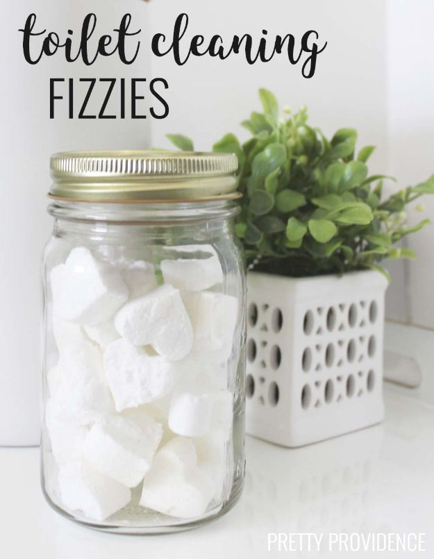 Homemade Cleaning Products - Toilet Cleaning Fizzies - DIY Cleaners With Recipe and Tutorial - Make DIY Natural and ll Purpose Cleaner Recipes for Home With Vinegar, Essential Oils
