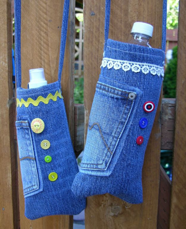 Blue Jean Upcycles - Re-Purposed Denim Water Bottle Bags - Ways to Make Old Denim Jeans Into DIY Home Decor, Handmade Gifts and Creative Fashion - Transform Old Blue Jeans into Pillows, Rugs, Kitchen and Living Room Decor, Easy Sewing Projects for Beginners http://diyjoy.com/diy-blue-jeans-upcyle-ideas