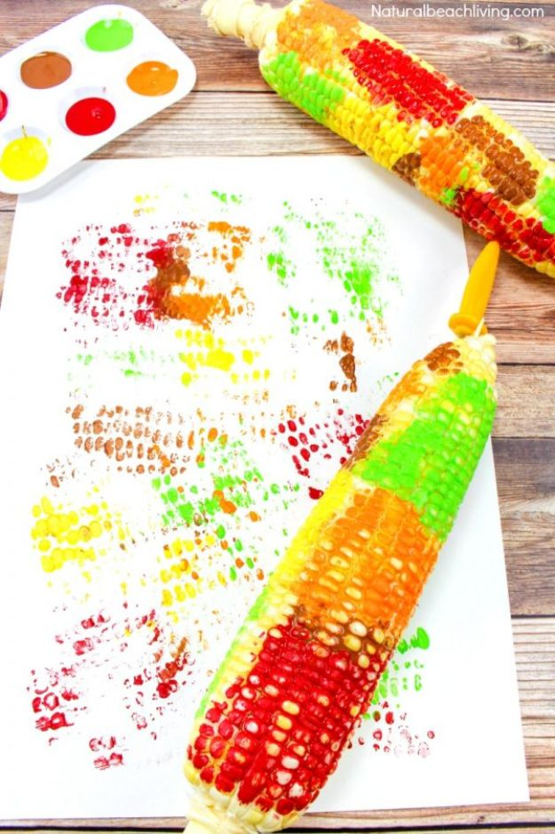 Fun Fall Crafts for Kids - Fun Corn Cob Craft Painting for Kids - Cool Crafts Ideas for Kids to Make With Paper, Glue, Leaves, Corn Husk, Pumpkin and Glitter - Halloween and Thanksgiving - Children Love Making Art, Paintings, Cards and Fall Decor - Placemats, Place Cards, Wall Art , Party Food and Decorations for Toddlers, Boys and Girls #fallcrafts #kidscrafts #kids