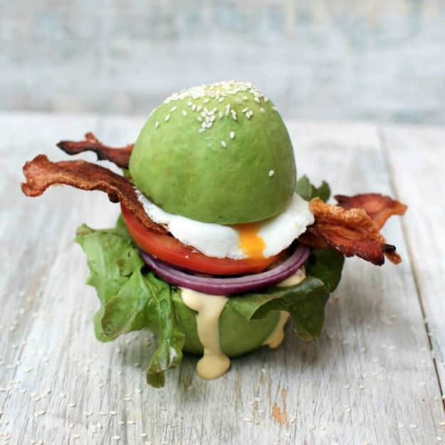 Keto Snacks - Keto Breakfast Burger with Avocado Buns – Keto Friendly - Keto Snack Recipes and Easy Low Carb Foods for the Ketogenic Diet On the Go - Quick Things to Eat for Snacking on Keto - Crunchy Chips, Late Night, Simple Ideas for Work, Sweet Treats and Store Bought Things to Buy for Travel http://diyjoy.com/keto-snacks
