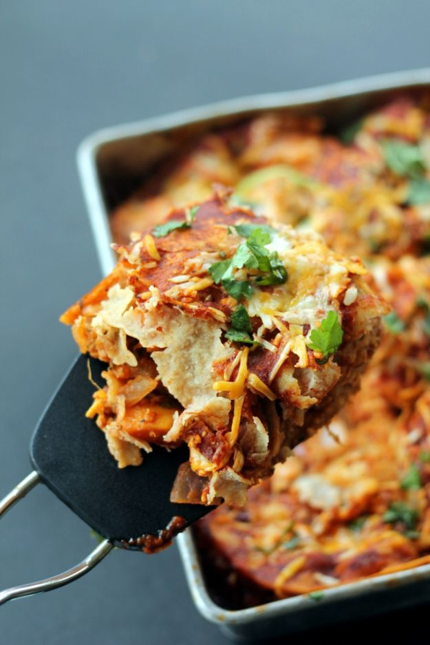 Best Casserole Recipes - Layered BBQ Chicken & Sweet Potato Enchilada Casserole - Healthy One Pan Meals Made With Chicken, Hamburger, Potato, Pasta Noodles and Vegetable - Quick Casseroles Kids Like - Breakfast, Lunch and Dinner Options - Mexican, Italian and Homestyle Favorites - Party Foods for A Crowd and Potluck Dishes http://diyjoy.com/best-casserole-recipes