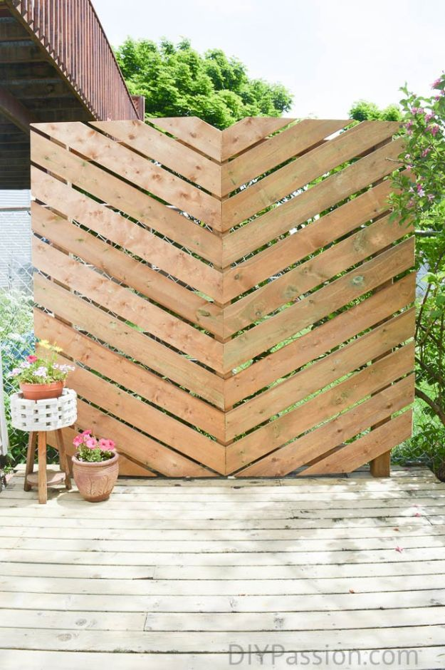 DIY Outdoor Furniture - Build a Simple Chevron Outdoor Privacy Wall- Cheap and Easy Ideas for Patio and Porch Seating and Tables, Chairs, Sofas - How To Make Outdoor Furniture Projects on A Budget - Fmaily Friendly Decor Kids Love - Quick Projects to Make This Weekend - Swings, Pallet Tables, End Tables, Rocking Chairs, Daybeds and Benches http://diyjoy.com/diy-outdoor-furniture