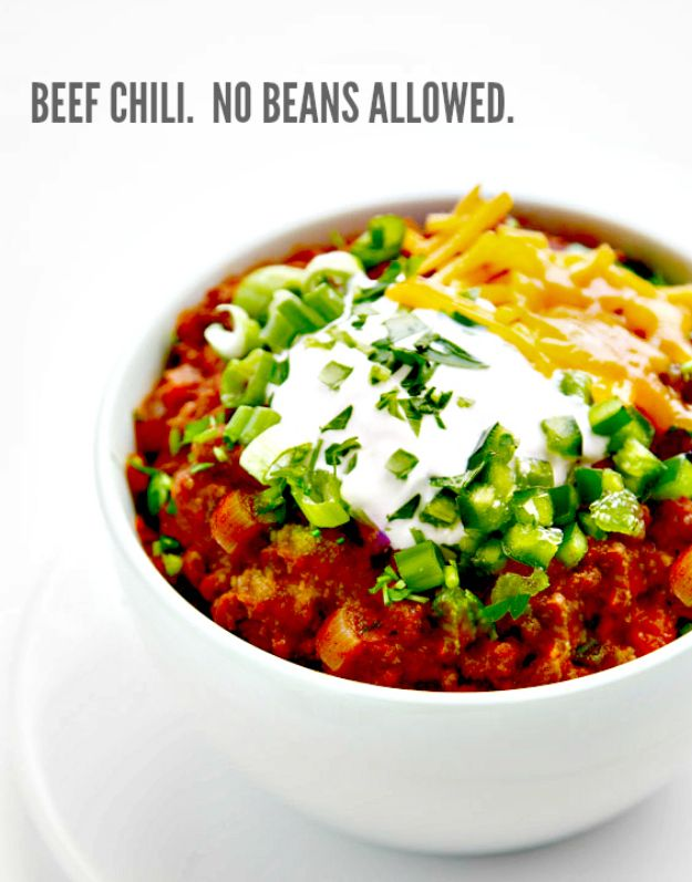 Chili Recipes - Thick and Beefy Beanless Chili - Easy Crockpot, Instant Pot and Stovetop Chili Ideas - Healthy Weight Watchers, Pioneer Woman - No Beans, Beef, Turkey, Chicken https://diyjoy.com/chili-recipes