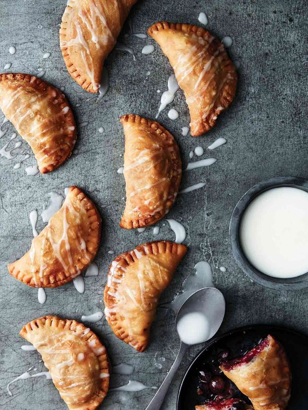 Potluck Recipe Ideas - Blueberry Hand Pies - Easy Recipes to Take To Potlucks - Dinner Casseroles, Salads, One Pot Meals, Pasta Dishes, Quick Crockpot Recipes