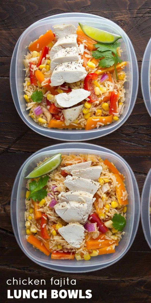 Recipes for Clean Eating - Chicken Fajita Lunch Bowls - Raw and Whole Foods, Unprocessed Meal and Snack Ideas for Lunch and Dinner - Fresh, Healthy Foods and Recipe Ideas