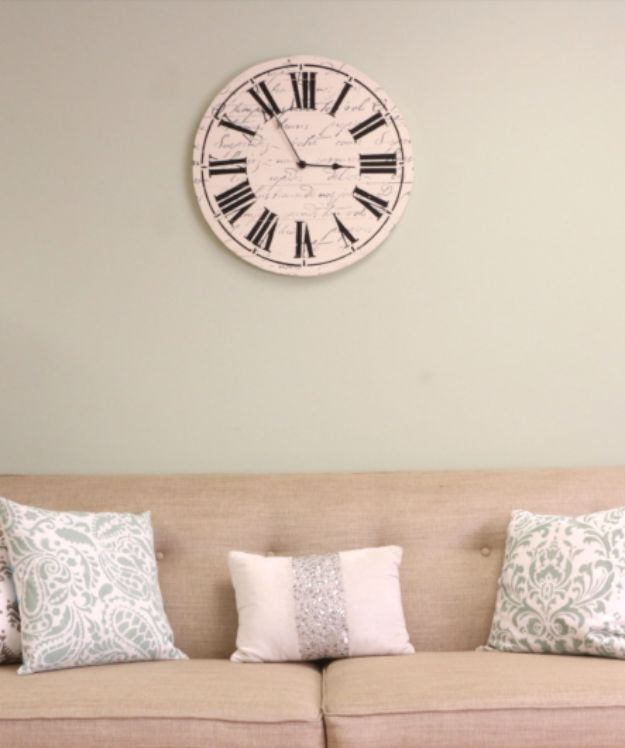 DIY Clocks - Craft A Farmhouse Wall Clock Using Stencils - Easy and Cheap Home Decor Ideas and Crafts for Wall Clock - Cool Bedroom and Living Room Decor, Farmhouse and Modern