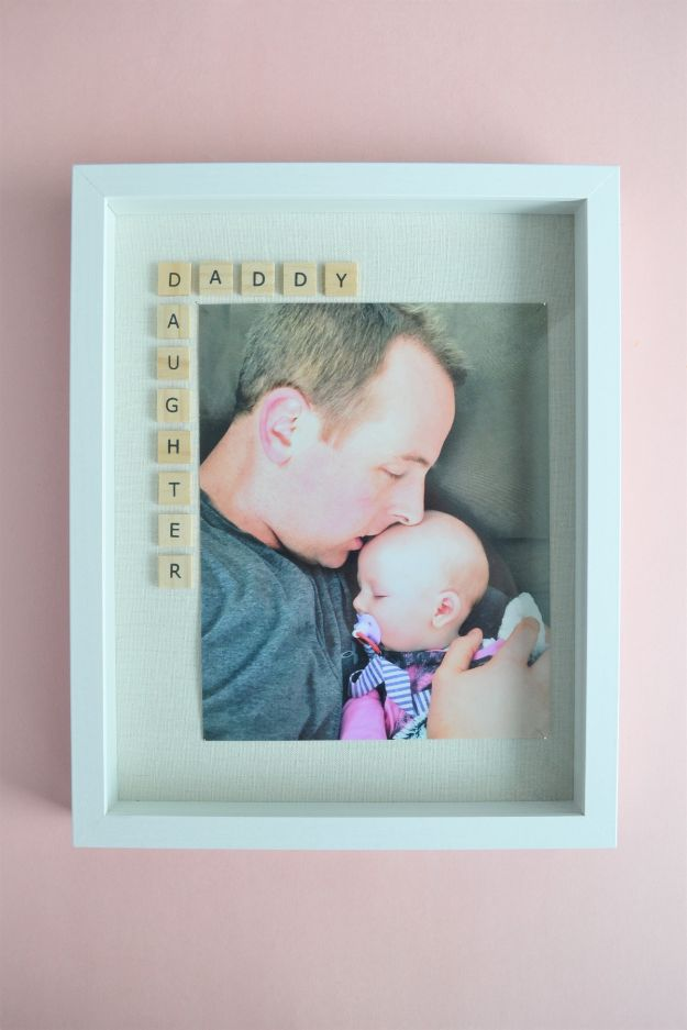 DIY Fathers Day Gifts - Father's Day Photo Frame Gift Idea - Homemade Presents and Gift Ideas for Dad - Cute and Easy Things to Make For Father