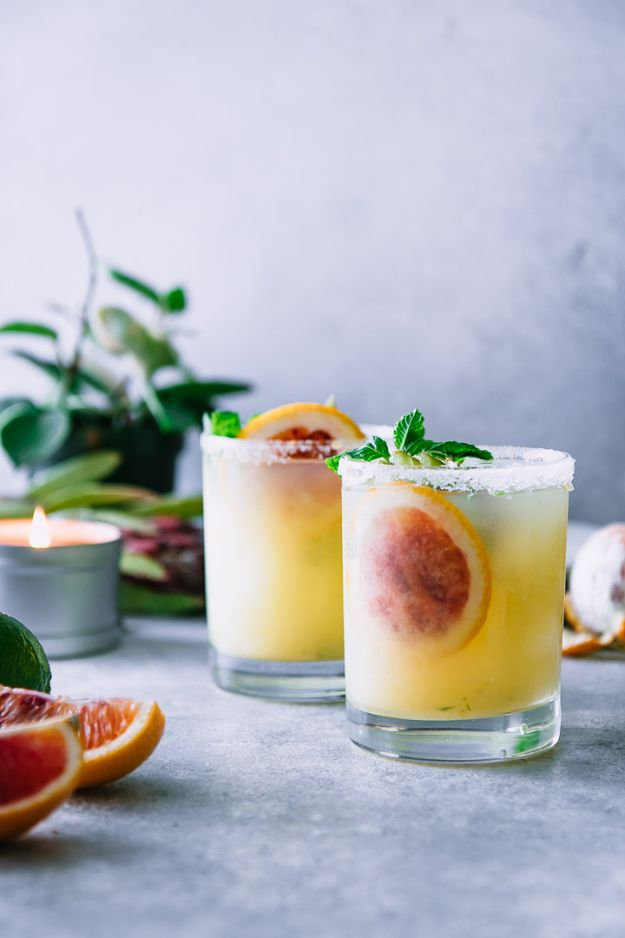 Margarita Recipes - Blood Orange Kiwi Margaritas - Drink Recipes for a Party - Recipe Ideas for Blender Margaritas - Lime, Strawberry, Fruit | Easy Drinks With Tequila