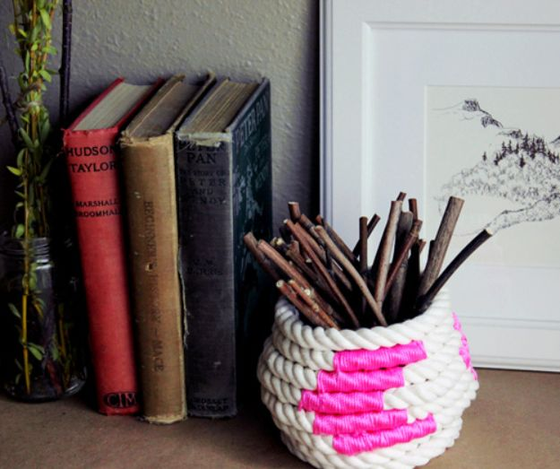 DIY Storage Baskets - Color Block Rope Coiled Basket - Cheap and Easy Ideas for Getting Organized - Creative Home Decor on A Budget - Farmhouse, Modern and Rustic Basket Projects