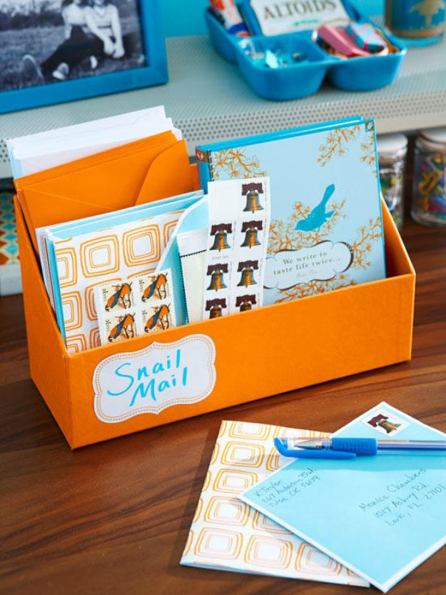 DIY Mail Organizers - Daily Mail Organizing Center - Cheap and Easy Ideas for Getting Organized - Creative Home Decor on A Budget - Farmhouse, Modern and Rustic Mail Sorter, Organizer