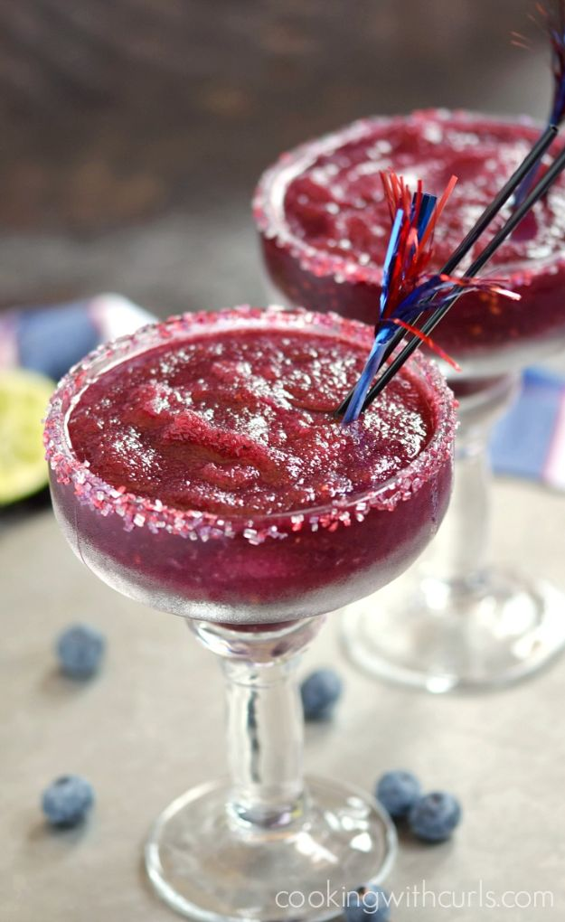 Margarita Recipes - Frozen Blueberry Margaritas - Drink Recipes for a Party - Recipe Ideas for Blender Margaritas - Lime, Strawberry, Fruit | Easy Drinks With Tequila
