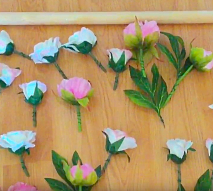Learn To Make This DIY Floral Wall Art
