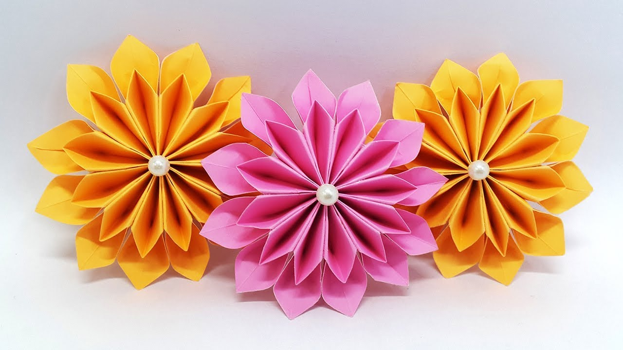 Step For Making Flowers Out Of Paper Streamers