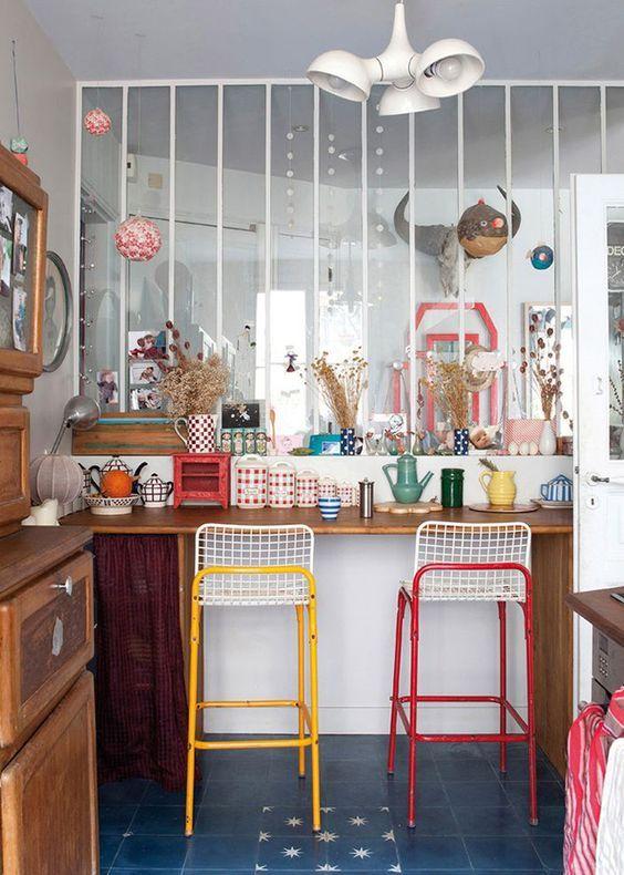 trends diy decor ideas verri re blanche dans une petite cuisine color e. Black Bedroom Furniture Sets. Home Design Ideas