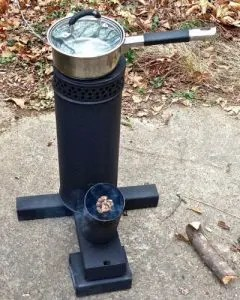 DIY_Cooking_without_Electricity_Rocket_Stove_02