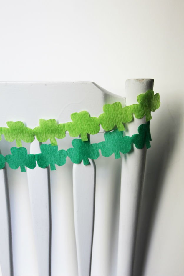 Paper Streamer Decorations 11 And 12 Colorful Twisted Streamers Cut Fringe Contrasting